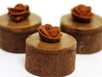 Chocolate Rose Minis